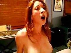Amateur homemade porn with redhead housewife fucked hard with BBC